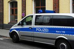 Polzeiauto: Tool könnte Verfolgungsjagden vermeiden. Bild: pixelio.de/H.D.Volz
