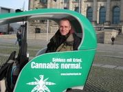 DHV-Sprecher Georg Wurth im BikeTaxi: Schluss mit Krimi. Cannabis normal.