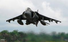 Kampfjet: US-Rüstungsindustrie ist Coronavirus egal.