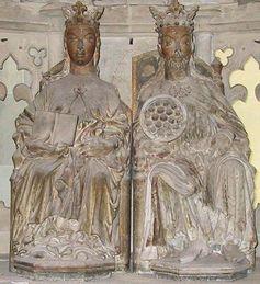 """Gotische Statuen von """"Edgitha"""" und """"Otto"""" im Magdeburger Dom. Bild: Chris 73 / de.wikipedia.org"""