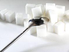 Zucker: Manches Bier enthält mehr Zucker als Coca-Cola. Bild: Lupo/pixelio.de