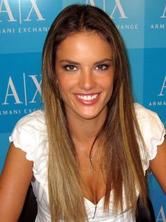 Alessandra Ambrosio (2007)