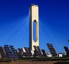 Solarturmkraftwerk: noch effektiver mit neuer Keramik.