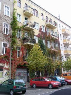 Die Rigaer Straße ist eine Straße im Berliner Ortsteil Friedrichshain des Bezirks Friedrichshain-Kreuzberg.
