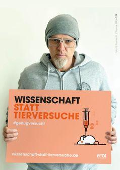 "Thomas D fordert: ""Wissenschaft statt Tierversuche!"" / Bild: © Thomas D für PETA Fotograf: PETA Deutschland e.V."