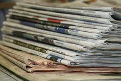 Zeitungen: Investigativer Recherchieren wichtig. Bild: pixelio.de/S. Krekeler