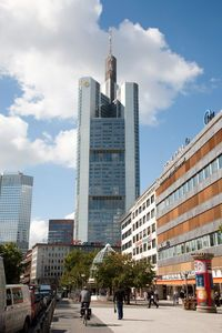 Zentrale: Commerzbank im Geldwäsche-Strudel. Bild: Julia Schwager/Commerzbank