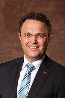 Hans-Peter Friedrich Bild: Henning Schacht / de.wikipedia.org