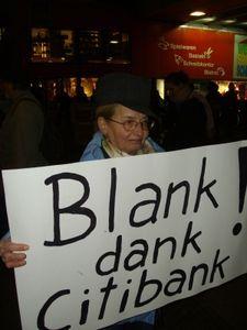 Bankkunden wegen mangelnder Beratung verärgert. Bild: pixelio.de, suedberliner