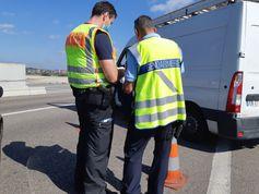 Bundespolizei und Gendarmerie kontrollieren gemeinsam Bild: Polizei