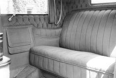 Der SKODA Hispano-Suiza verfügte über eine gläserne Trennwand zwischen der Fahrerkabine und dem Fahrgastraum im Fond.  Bild: SMB Fotograf: Skoda Auto Deutschland GmbH