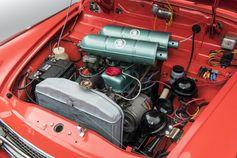 Dank einer höheren Verdichtung von 8,4:1 verfügte der im Januar 1962 vorgestellte OCTAVIA TS 1200 über 55 PS bei 5.100 U/min. Bild: SMB Fotograf: Skoda Auto Deutschland GmbH