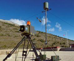 Das aufgebaute RAM-Alarmsystem in Betrieb im Feldlager Bild: Thales Fotograf: Presse- und Informationszentrum AIN