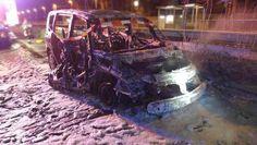 Ausgebrannter Renault Espace Bild: Polizei