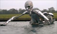 Skulptur am Ort des diesjährige Bilderbergertreffens Bild: Infowars.com