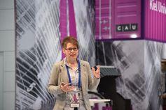 Noch bis Ende dieser Woche stellt Dr. Sandra Hansen ihren Ansatz zur Herstellung von Siliziumanoden
