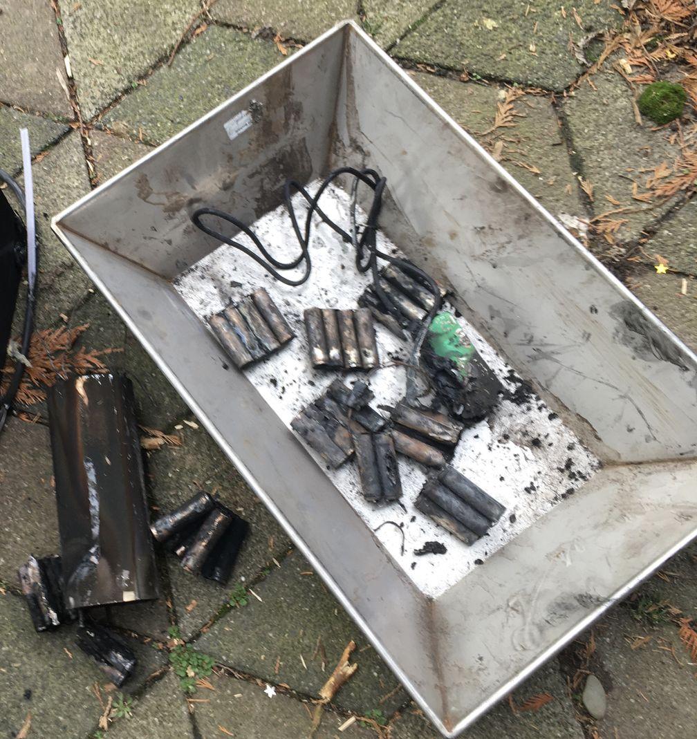 Explosion eines E-Bike-Akkus in einer Wohnung Bild: Feuerwehr
