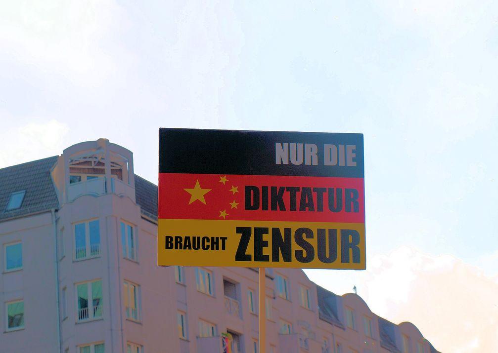 """Zensur und Meinungsterror: Wer bestimmt in Deutschland darüber wer die """"Richtige"""" und wer die """"Falsche"""" Meinung besitzt? Viele fühlen sich vollständig nicht repräsentiert (Symbolbild)"""