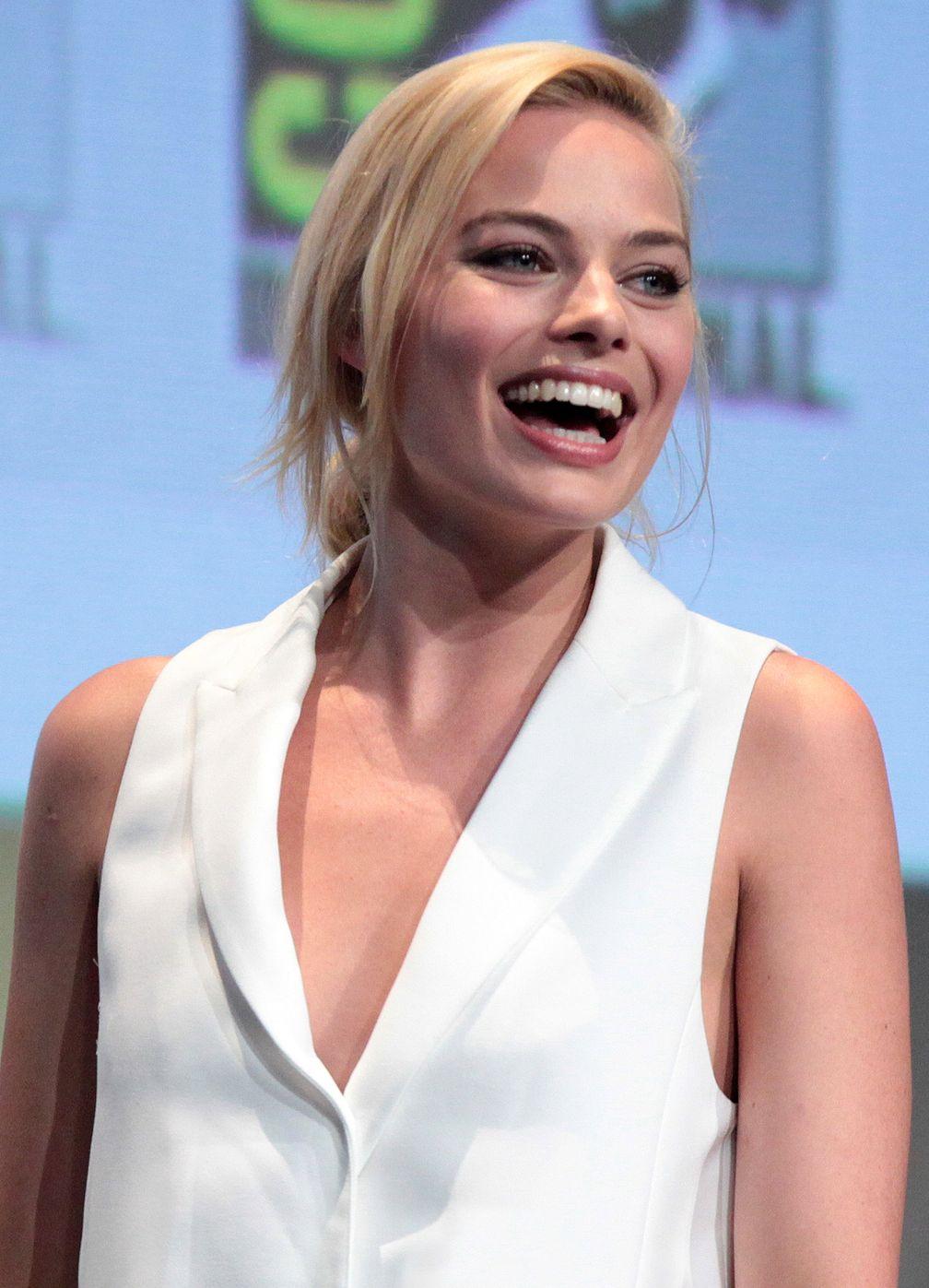 Margot Robbie (2015)