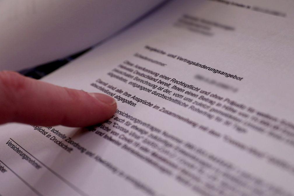 """Bei coronabedingten Schäden versuchen viele Versicherungen sich vor Zahlungen zu drücken.  Bild: """"obs/ZDF/Stephan Thöne"""""""