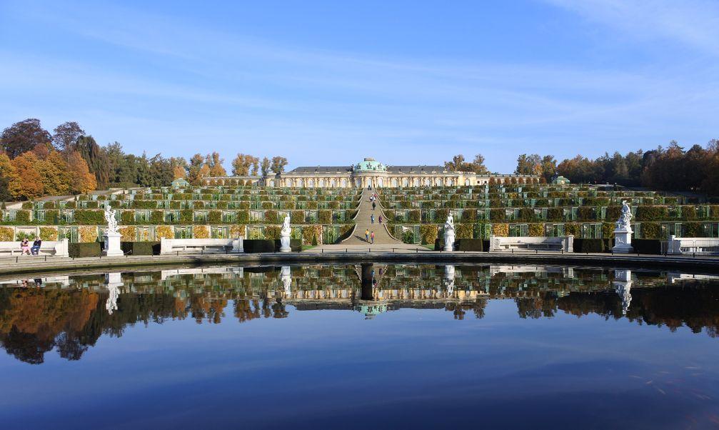 Schloss Sanssouci, Ansicht von Süden