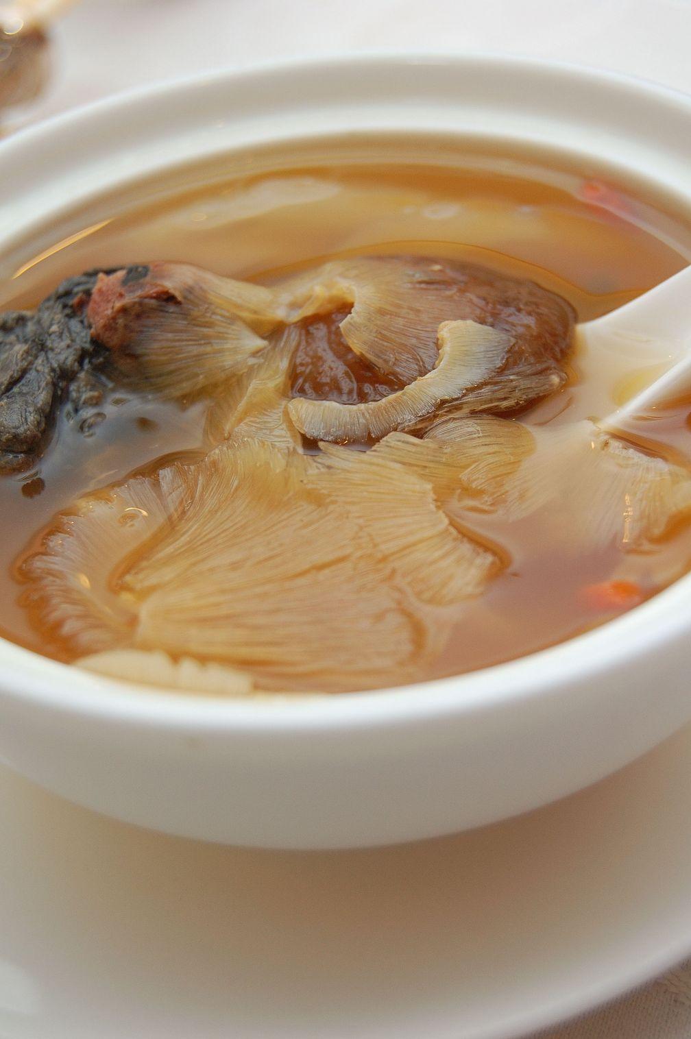 Chinesische Haifischflossensuppe