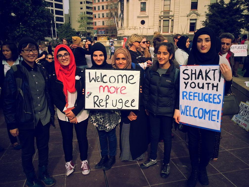 Refugees welcome = Flüchtlinge willkommen: Der Ursprung dieser Forderung ist bis heute unbekannt (Symbolbild)