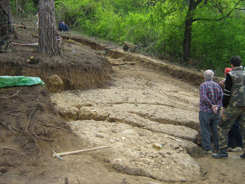 Visočica hill conglomerate layers