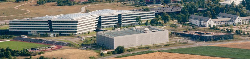 Luftaufnahme der Zentrale von Adidas in Herzogenaurach 2014