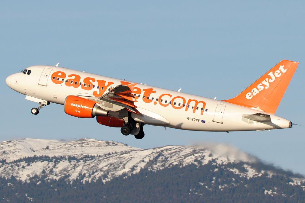 Eine Airbus A319-100 der easyJet