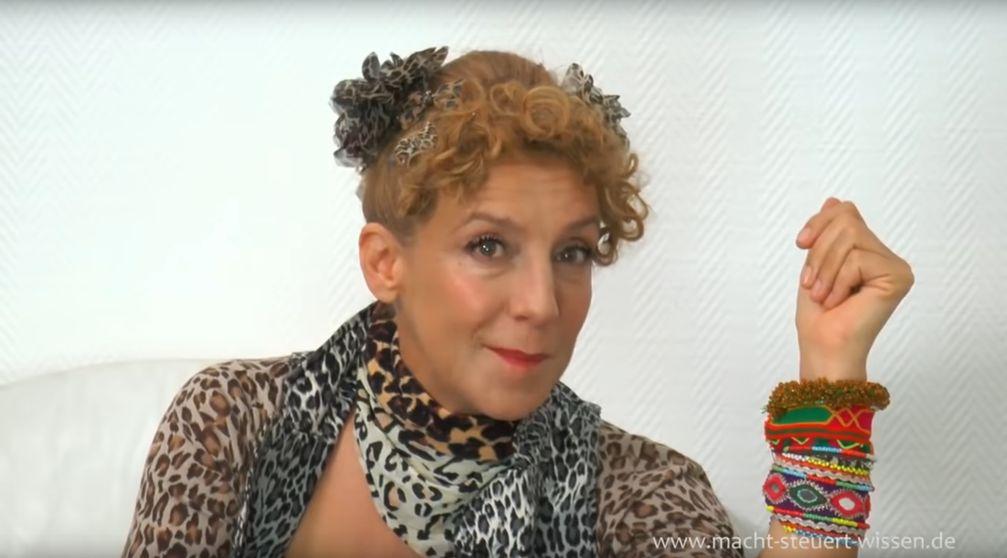 Sissi Perlinger (2020)