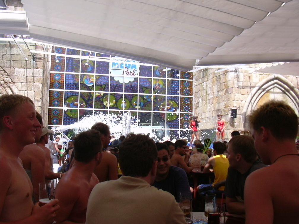 Mallorca: Schaumparty im Mega-Park