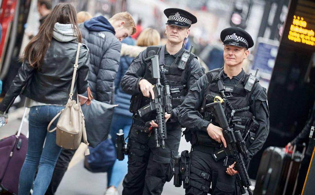 Bild: Facebook.com/ British Transport Police (screenshot)
