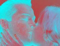 Kuss: Güte kann online bewertet werden. Bild: pixelio.de, Rike