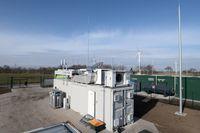 Der frisch installierte Elektrolyseur, der Windenergie in Wasserstoff umwandelt Bild: Andreas Oetker-Kast Fotograf: ANDREAS OETKER-KAST