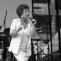 Marie-Luise Nikuta auf dem Straßenfest zur Cologne Pride 2006 (Archivbild)