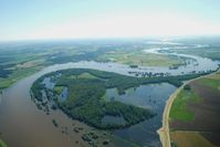 Die Elbe bei Hochwasser im Biosphärenreservat Flusslandschaft Elbe