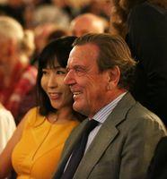 Schröder-Kim So-yeon und Gerhard Schröder (2018)