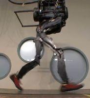 PETMAN: Füße abrollen nach menschlichem Vorbild. Bild: Boston Dynamics
