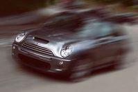 """Auto: Illegale """"Spy Kits"""" zeichnen Daten gezielt auf. Bild: bagal/pixelio.de"""