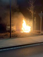 Brennender Streifenwagen Bild: Polizei