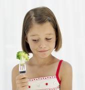 Grün und auch noch bitter - bei Kindern kommt Brokkoli meistens nicht gut an. Bittere Geschmacksnoten lernen wir erst mit zunehmender Verzehr-Erfahrung zu schätzen. Bild: ttz Bremerhaven