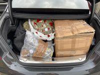 Blick in den vollgepackten Kofferraum Bild: Polizei