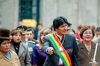 Ex-Präsident Evo Morales., als er noch im Amt war. Er wuchs auf dem Land in bitterer Armut auf und schrieb sich die Durchsetzung der Rechte der Bauern auf die Fahne. Bild: Wikimedia Commons, Joel Alvarez