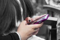 Smartphone: Nutzungszeiten immer bedenklicher.