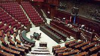 Italienisches Parlament: Der Plenarsaal des Abgeordnetenhauses im Palazzo Montecitorio