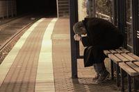 Verzweifelt, Alleine, Alleinerziehend, Führerscheinlos, Depression, Selbstmordgedanken (Symbolbild)