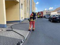 Nach dem Einsatz von Putzmitteln musste die Feuerwehr in einem Mehrfamilienhaus an der Rudolfstraße tätig werden. Bild: Feuerwehr Velbert