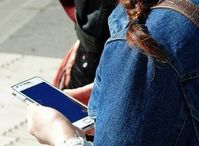 Smartphone: Android-Geräte laut Experten anfällig. Bild: pixelio.de/Lupo