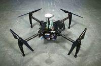 Prototyp: der ''Range Extender'' auf einer Drohne. Bild: intelligent-energy.com